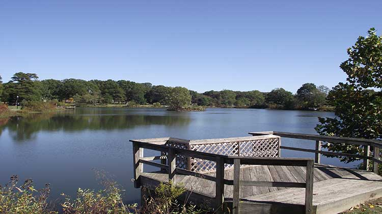 meade_burba_lake_750x421_sep15.jpg